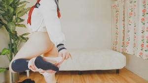 可愛い女の子のアナル全開制服ダンスはお好きですか?