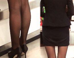 ■HD動画■Vol3 街のOLパンスト美脚観察!受付嬢の脚をじっくりと