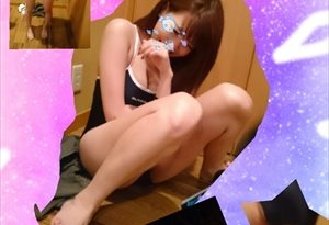 【着エロ】水着姿が可愛いEカップ女子大生