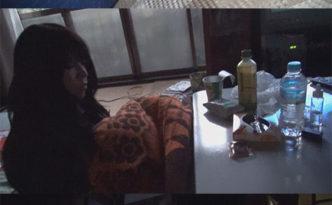 小さい頃から見てた近所の中退娘を自宅誘い込み、炬燵パンチラ/昼寝イタズラ/念願の制服セックス