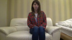 美人の24歳GS店員が興味本位で応募した初ハメ撮りで繰り返し絶頂